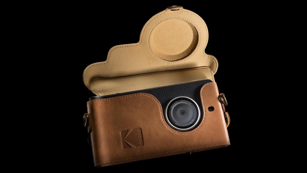 Kodak Ektra in Kameratasche
