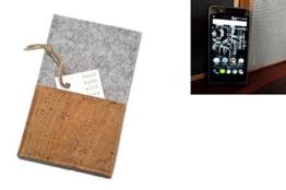 """flat.design Smartphonehülle """"Évora"""" für Kodak Ektra - maßgefertigte Schutztasche aus 100% Wollfilz (hellgrau) und echtem Kork - Pouch Handy Filzhülle im Slim fit Design für Kodak Ektra - 1"""