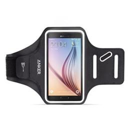 A7093011Anker universal 5.7 Zoll Sport Armband für Handy, Tragehülle für iPhone 7 Plus / 6 6s Plus, Samsung S6 / S6 edge+, Galaxy Note und weitere Smartphone bis zu 6 Zoll Bildschirm, mit Schlüssel-, Karten-, und Kopfhörerkabel- Fächern -